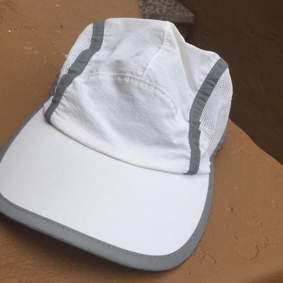 33c01b57da54 Champion Accessories | Unisex Quick Wash Runboatcamp Cap | Poshmark